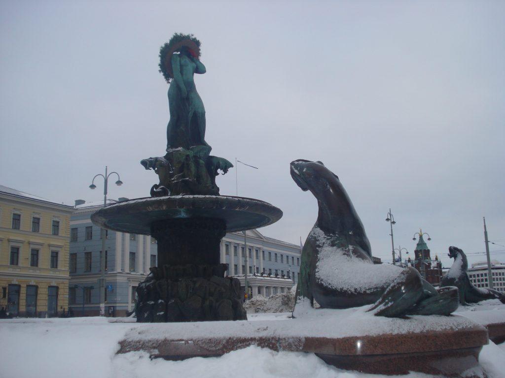 Estátua Havis Amanda