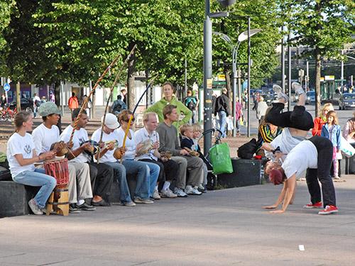 Gente en Helsinki