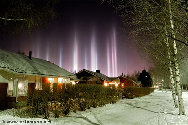 Pilar de luz sobre Finlandia