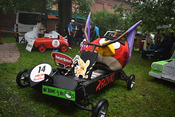Coche Angry Birds Rovio