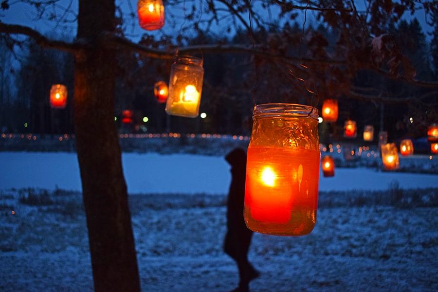 Noche invierno Finlandia